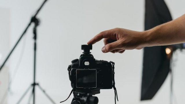 Un fotògraf professional coneix la tècnica i desenvolupa una mirada i estil propi. (LightFieldStudios / Getty Images/iStockphoto)