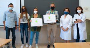 Malgrat les restriccions derivades de la pandèmia de Covid-19, s'ha celebrat l'acte d'entrega de la Beca RED-ACER 2020-2021 als instituts premiats. A la imatge, representants de l'institut públic IES Penyagolosa de Castelló.