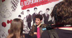 Redactors dels projecte Revista Escolar Digital durant l'estrena del musical de 'El despertar de la Primavera'.