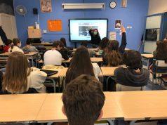 La redacció de Lestonnac Report durant una de les sessions formatives del projecte Revista Escolar Digital (RED).