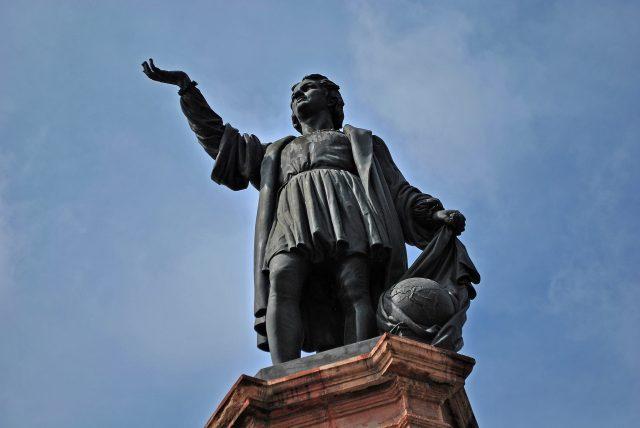 Estatua Cristobal Colon